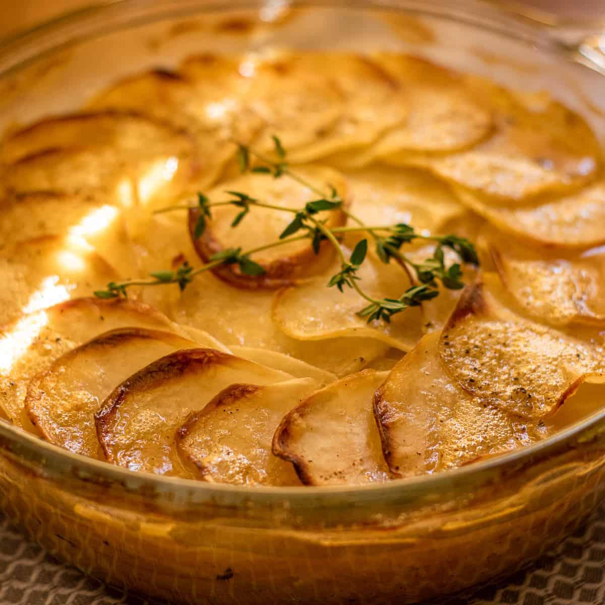freshly baked Potato Boulangere