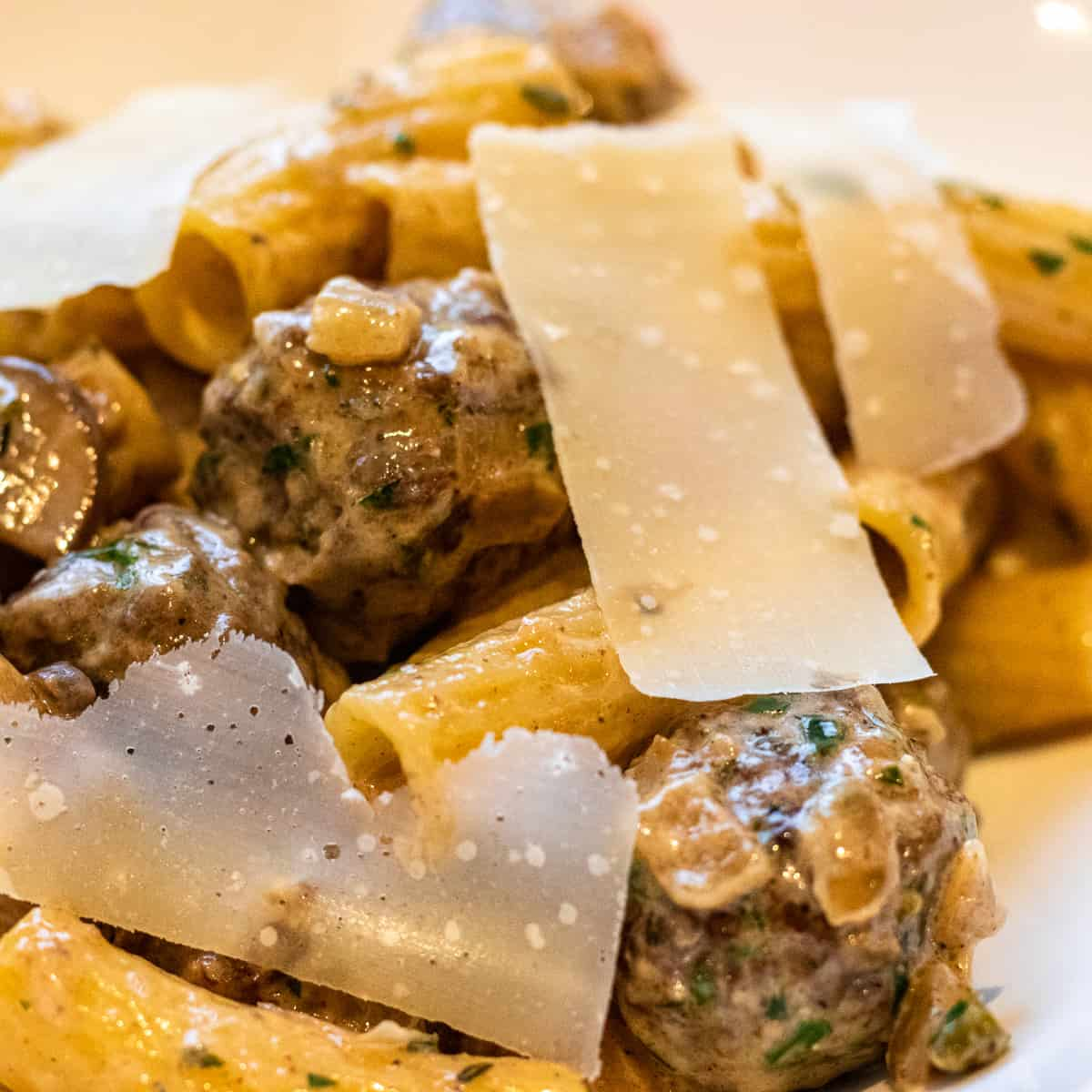 meatball pasta made with creamy and spicy sauce