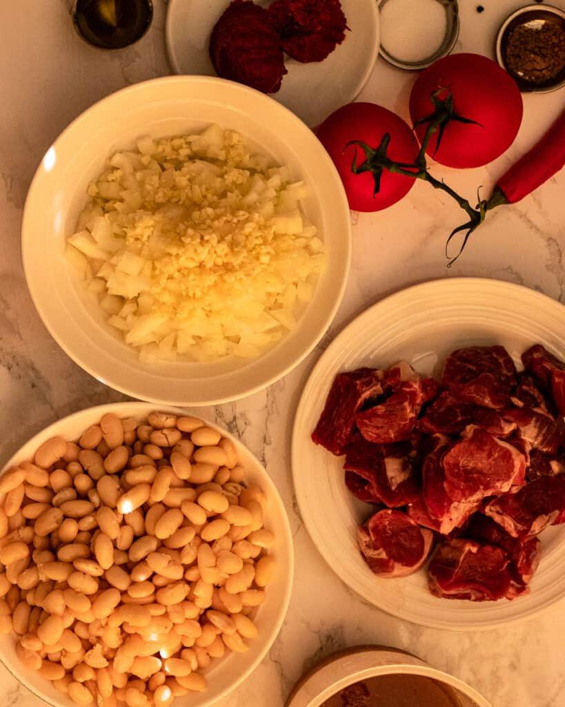 Ingredients for kuru fasulye.
